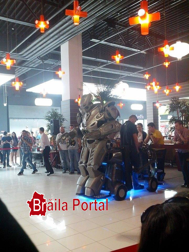 Photo of Robot desprins din filmele SF la Braila MALL
