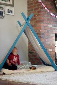 DIY-PlayTent-FirstLook