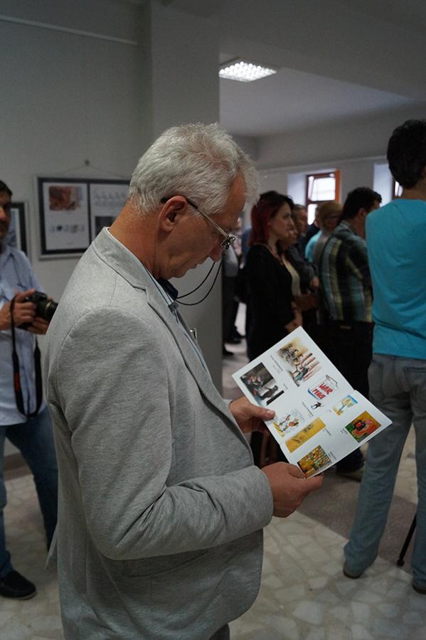 Photo of Imagini de la Vernisajul Salonului de Caricatură – Brăila