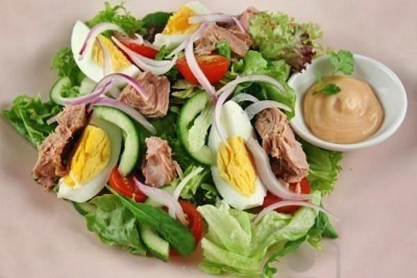 Photo of Salată de ton