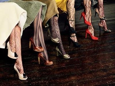Primii pantofi cu toc au fost purtaţi de bărbaţi