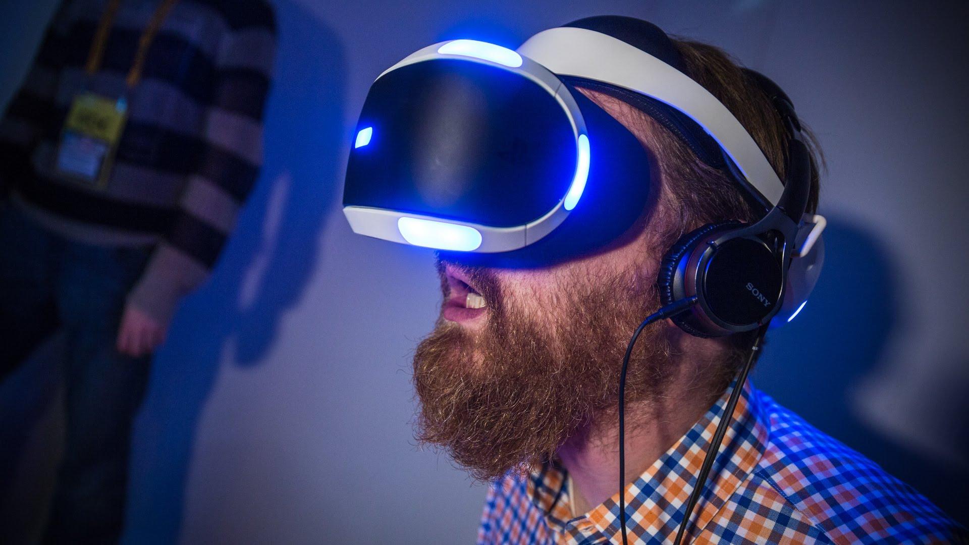 Ultimul trend pentru fanii PS4 - Morpheus VR