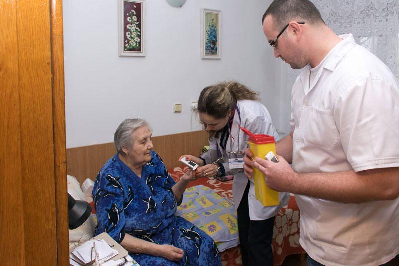 Campanie de informare nutrițională și screening prin testări glicemice la Brăila
