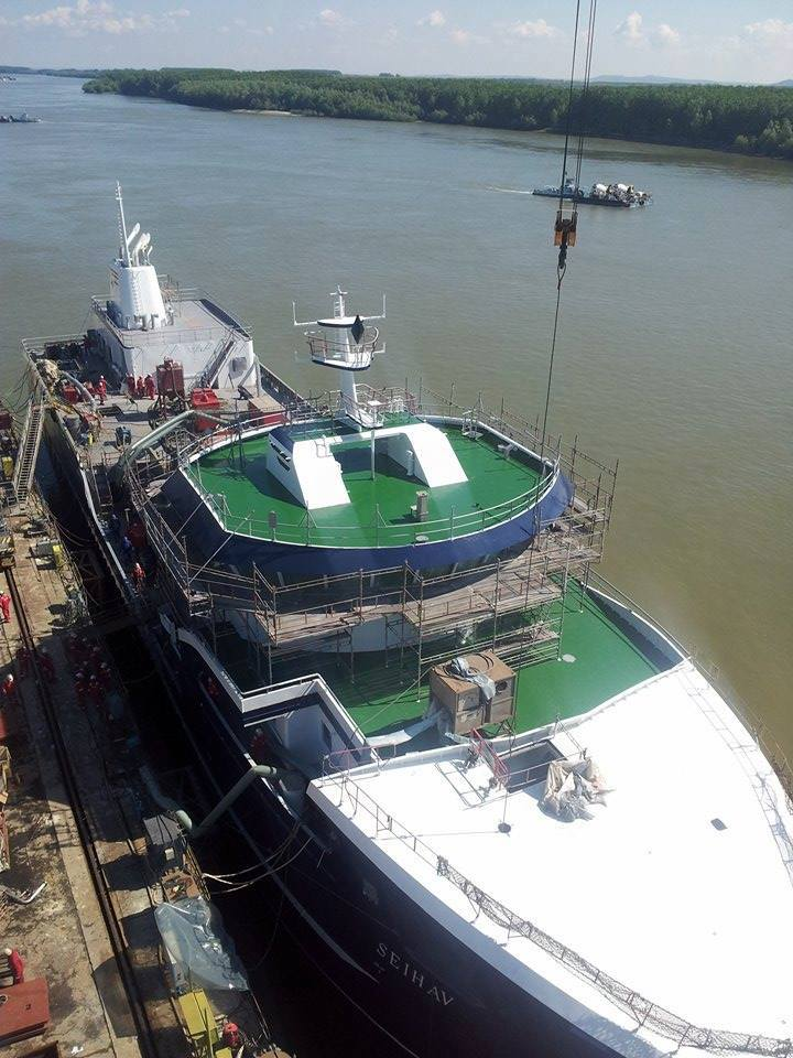 Photo of Imagini de la darea la apă a navei SEIHAV realizată în Șantierul Naval Brăila.