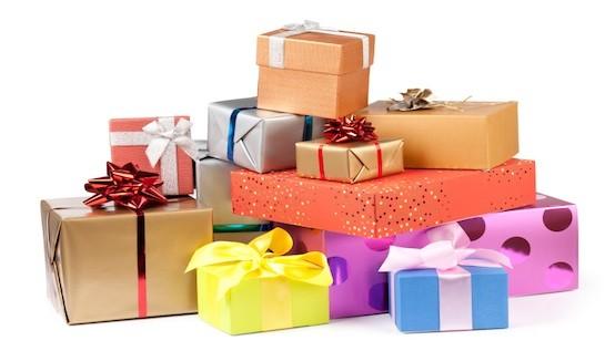 Cum să împachetezi rapid și ingenios cadourile pentru cei dragi!