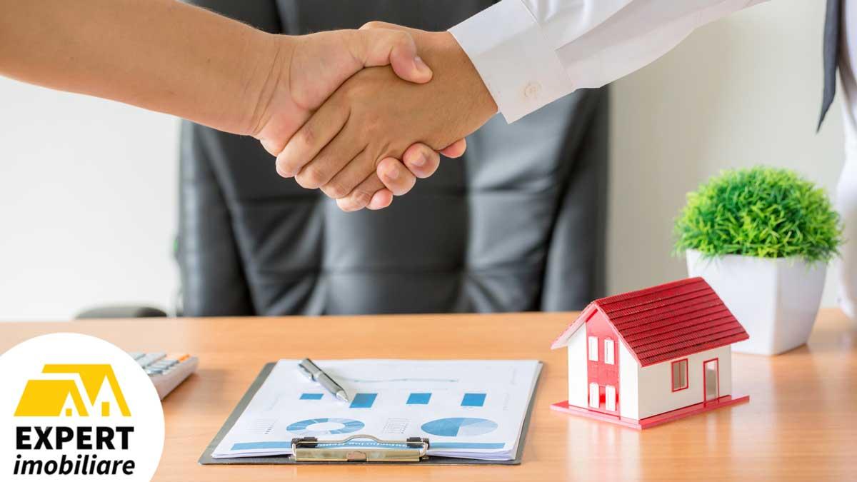 Secretele care asigură succesul agenţilor imobiliari din New York
